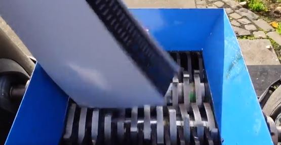 A person decided to destroy his PS5 in an industrial shredder