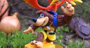 Microsoft's copyright appears on Banjo-Kazooie amiibo from Smash Bros.